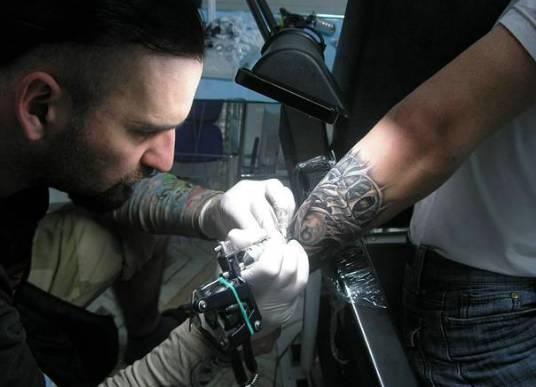 Картинки по запросу татуировщик